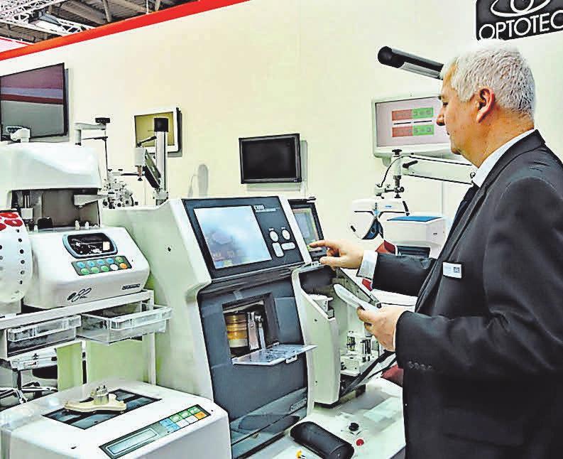 Langjährige und hohe Fachkompetenz der Mitarbeiter der Optotec GmbH sind eine Grundvoraussetzung für erfolgreiche Geschäftsabschlüsse. FOTO: RG