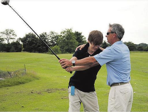 Lust auf Golfspielen? Auf Gut Bissenmoor gibt es Schnupperkurse samt Profi-Tipps