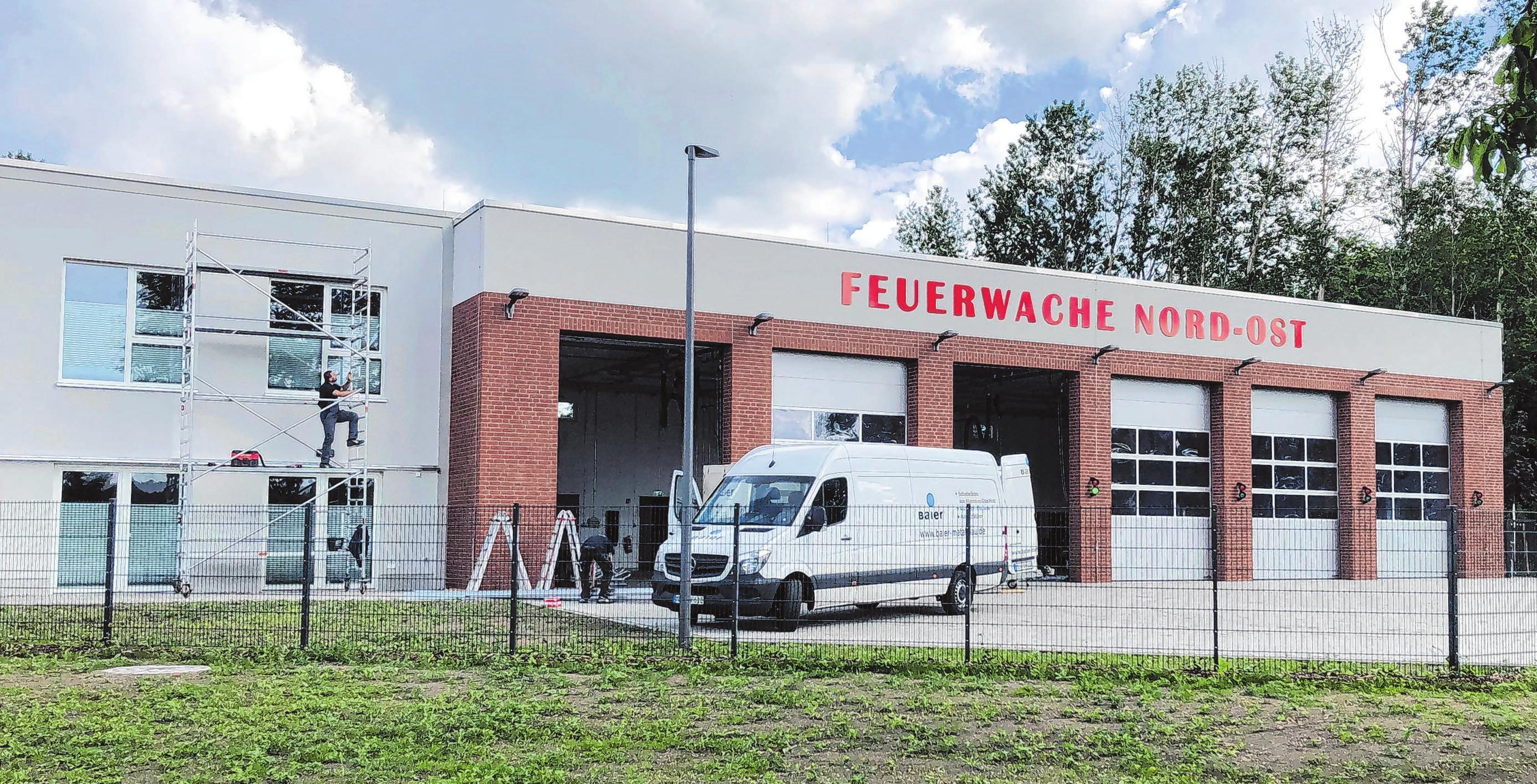 Der Neubau der Feuerwache in Alt Ruppin soll künftig als Stützpunkt für den vierten Löschzug dienen. Er erfüllt alle Anforderungen für eine hohe Einsatzbereitschaft der Wehr. Fotos (3): Wolter
