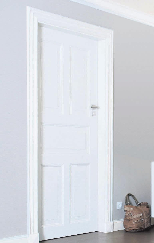 Lässt Räume grösser wirken: Während Innentüren von Schlafzimmern dunkel sein können, haben sich bei den übrigen Zimmertüren meist helle Farben oder Klarlacke durchgesetzt.