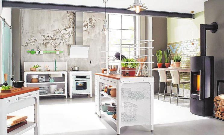 Extrem flexibel sind Modul-Küchen. Die attraktiven Module können aufgrund ihres einfachen Plug & Stay-Prinzips und Rasterbohrungen schnell montiert werden.