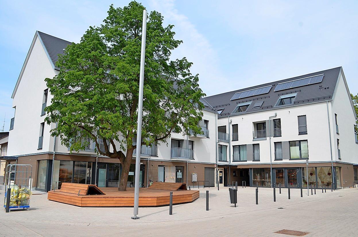 """Die """"Neue Ortsmitte – Drescheschopf"""" mit Dorfplatz"""