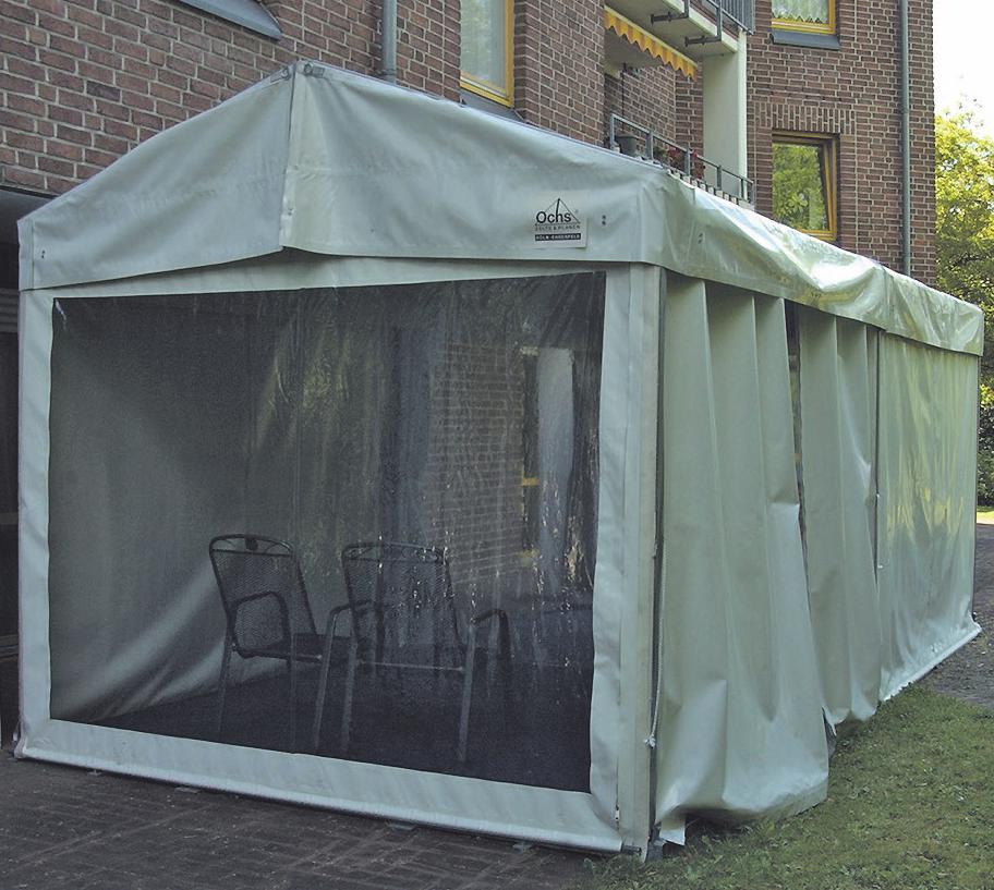 Dieses Zelt dient als Begegnungsstätte mit den Angehörigen Bild: Bruletti