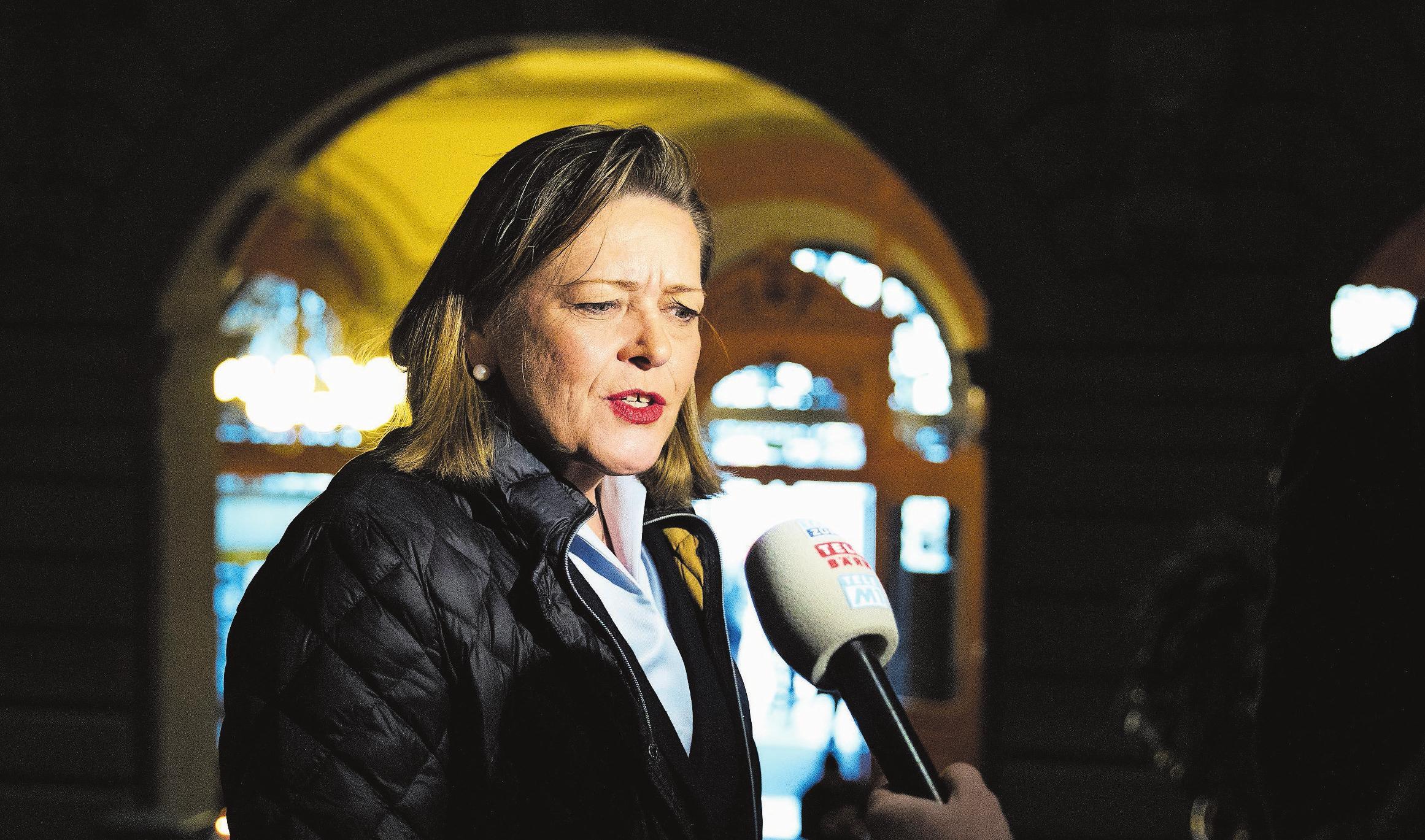 Heute Ständeratsanwärterin, vor neun Monaten Bundesratskandidatin: Heidi Z'graggen (CVP) hat am 20. Oktober keine Gegner. Bild: Peter Klaunzer/Keystone (Bern, 4. Dezember 2018)