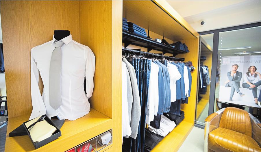Une toute nouvelle salle permet dorénavant l'initiation à l'utilisation rigoureuse des vêtements et accessoires professionnels.