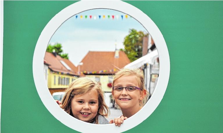 Schöner Ausblick: Kindertag auf der Hofheimer Kirchweih. FOTO: ALOIS WOHLFAHRT