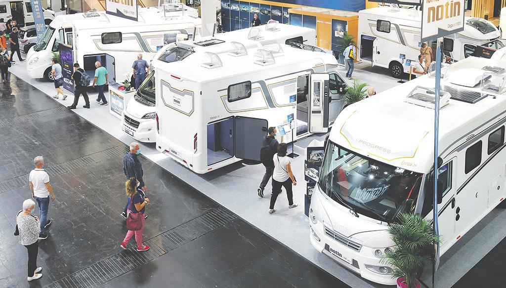 Blick in den diesjährigen Düsseldorfer Caravan Salon: 653 Aussteller aus 31 Ländern präsentierten ihre Produkte in 13 Messehallen