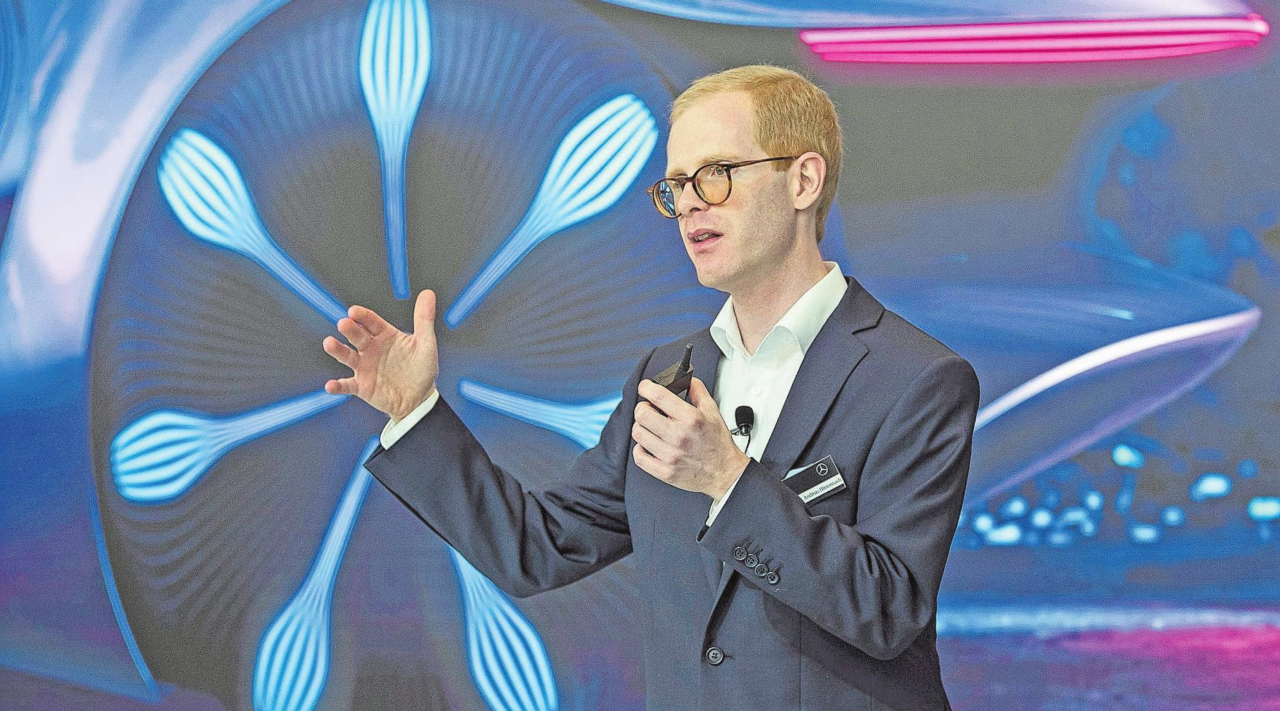 Mercedes-Benz-Batterieexperte Andreas Hintennach glaubt an die Zukunft der Lithium-Ionen-Batterien. Bild: PD