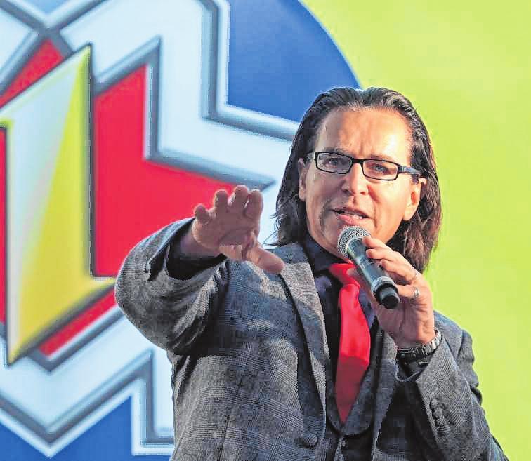 """Christian """"Chako"""" Habekost sorgt am 30. April beim Tag der LandFrau für Unterhaltung. BILD: CHRISTOPH BLÜTHNER/MAG"""