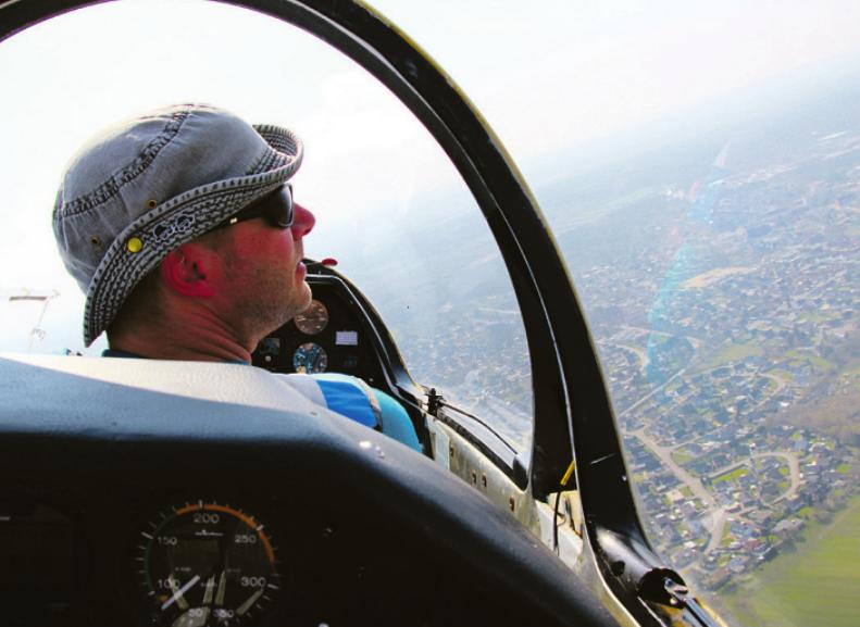 Fluglehrer Sebastian Behlke über Wahlstedt