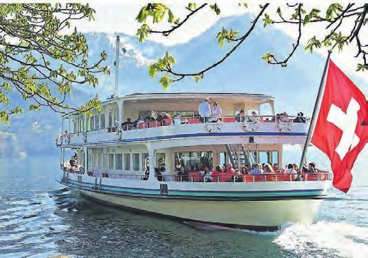 Mit dem Boot lassen sich die Schweizer Seen erkunden.