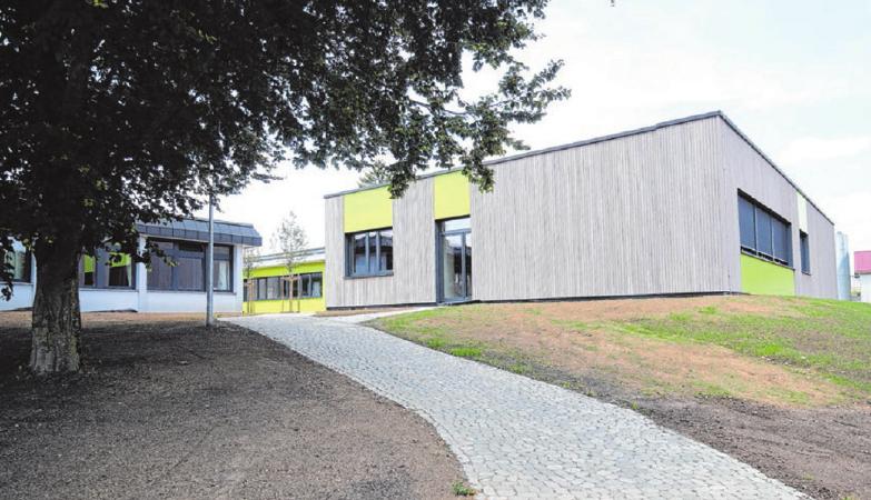 Schule der Zukunft: Der Neubau besticht durch Architektur und Ausstattung. Fotos: Thomas Kiehl