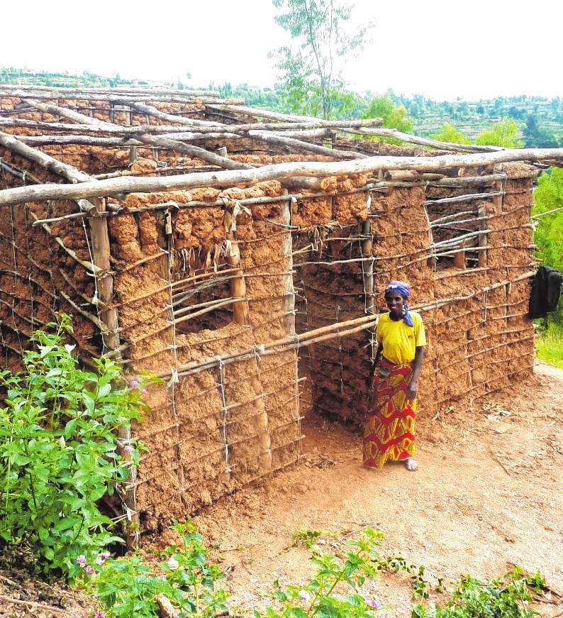 Häuser aus Lehm und Holz, kein Strom und fließend Wasser: In Gikonko leben die Menschen in einfachen Verhältnissen. Bild: Brigitte Tost