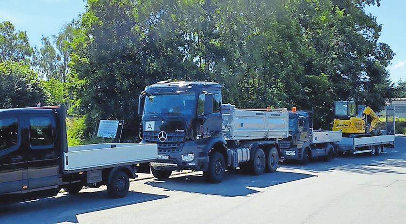 Im Einsatz: Bau-Kl & Transport-Kl in Mehlingen. FOTO: SCHMIDT/FREI