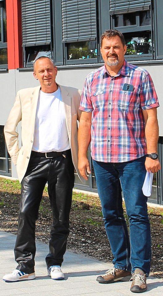 Rektor Alexander Amorth (links) und der verantwortliche Bauherrenvertreter Bernhard Mayer freuen sich über das Ergebnis.