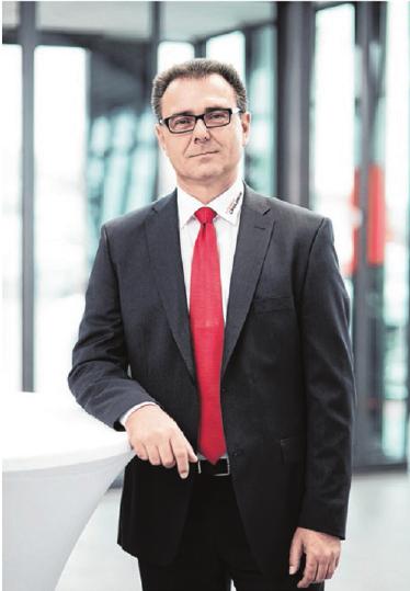 Hans Kaspar, Verkäufer im AutohausCrailsheim. Fotos: privat