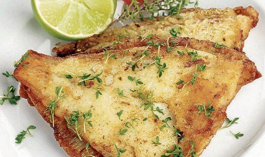 Ob Fleisch oder Fisch: Zum Osterfest lassen es sich viele kulinarisch gut gehen. Archivbilder