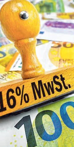 Beim Neuwagenkauf lohnt sich die gesenkte Mehrwertsteuer richtig, da kommen schnell ein paar hundert Euro zusammen FOTO: OHDE