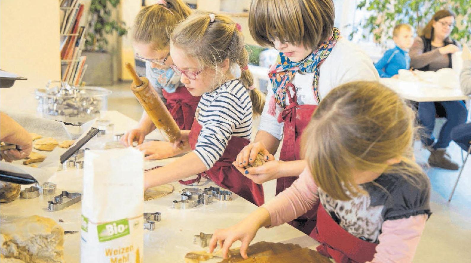 Freizeit für alle: Während Eltern eine Auszeit genießen oder in Ruhe Weihnachtsgeschenke kaufen können, dürfen Kinder am Samstag im JuKuZ backen. FOTO: MÜLLER/JUKUZ/FRE