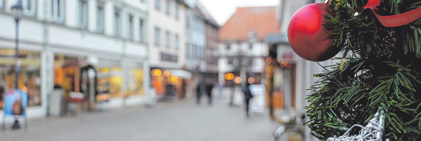 Bad Saulgau ist schon weihnachtlich geschmückt und stimmt so auf die Adventszeit ein. FOTOS: NICOLE FRICK