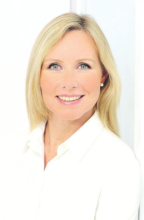 Dr. Renate Döbber ist Fachärztin für Orthopädie und Sportmedizin mit einer Fachpraxis in Hamburg-Blankenese sowie einer in Uetersen. Der besondere Schwerpunkt ihrer Praxis liegt in der konservativen Therapie von Rücken- und Gelenkerkrankungen
