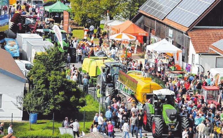 Mit einem Landmaschinen-Korso an der Köbelestraße wird der große Feldtag mit Leistungsschau am Sonntag eröffnet.