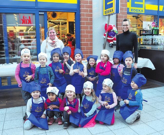 15 Kinder der Johannes-Kita nahmen am Weihnachtsbacken bei Edeka in Vorsfelde teil.
