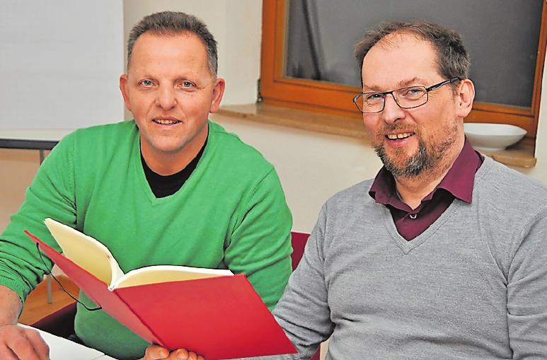 Wollen die Unternehmen vor Ort besser vernetzen: die Gewerbevereins-Vorsitzenden Andreas Christ (l.) und Markus Bock. FOTO: ACL