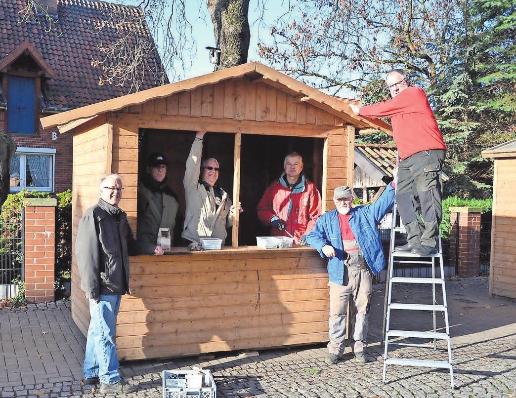 Zum ersten Mal unterstützte der Verein Historische Maschinen Seelze die HGS beim Aufbau der Hütten