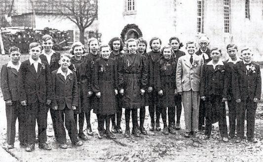 Konfirmation 1946 in Witterhausen. Bild: Ortsverwaltung