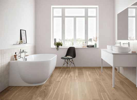 Weil Fliesen absolut formstabil und wasserfest sind, bringen sie die Wohnlichkeit von Holz ganz komfortabel in den Feuchtbereich Bad. Foto: djd/Deutsche-Fliese.de/Agrob Buchtal