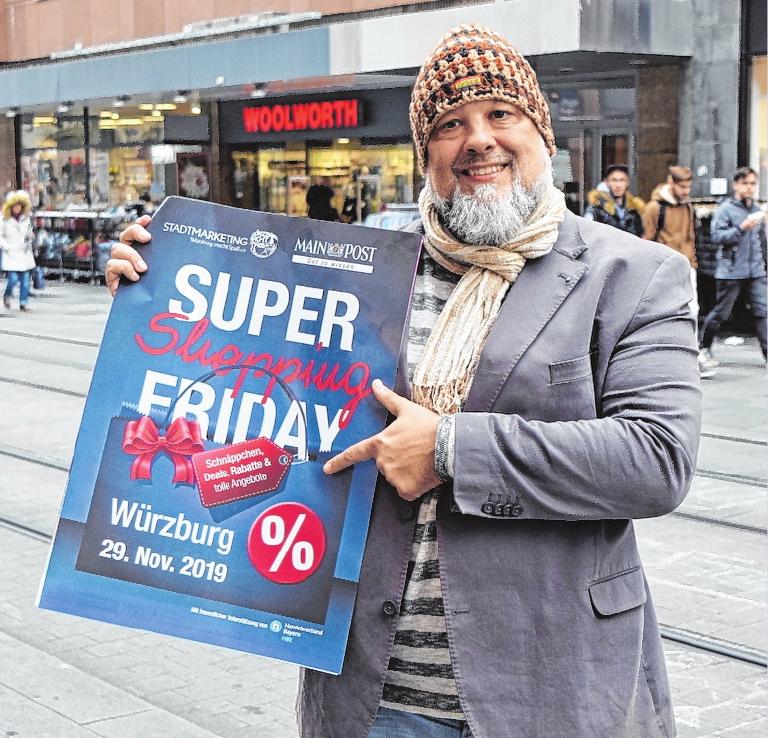"""Wolfgang Weier, Geschäftsführer Stadtmarketing """"Würzburg macht Spaß"""", lädt zum vierten Mal zum """"Super Shopping Friday"""" ein. FOTO: WUEMS"""
