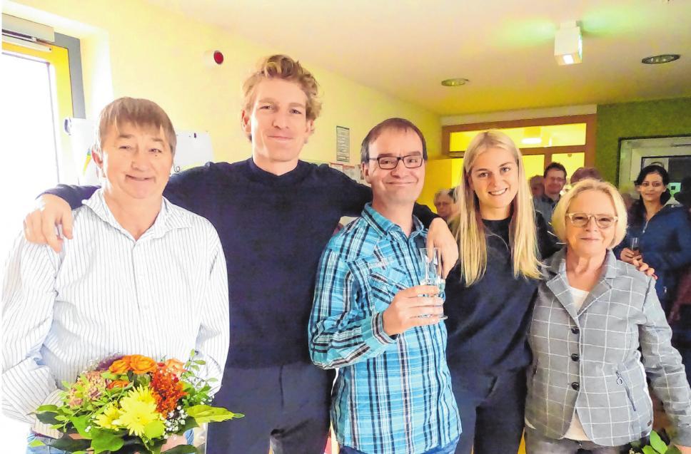 Auf dem Teambild von links lachen Dietmar Löwe, Franz Hildebrandt, Volker Lemm, Cäcilie Hildebrandt und Gudrun Sommer in die Kamera. Fotos: Grit Hamhalter/Stadt Eisenhüttenstadt