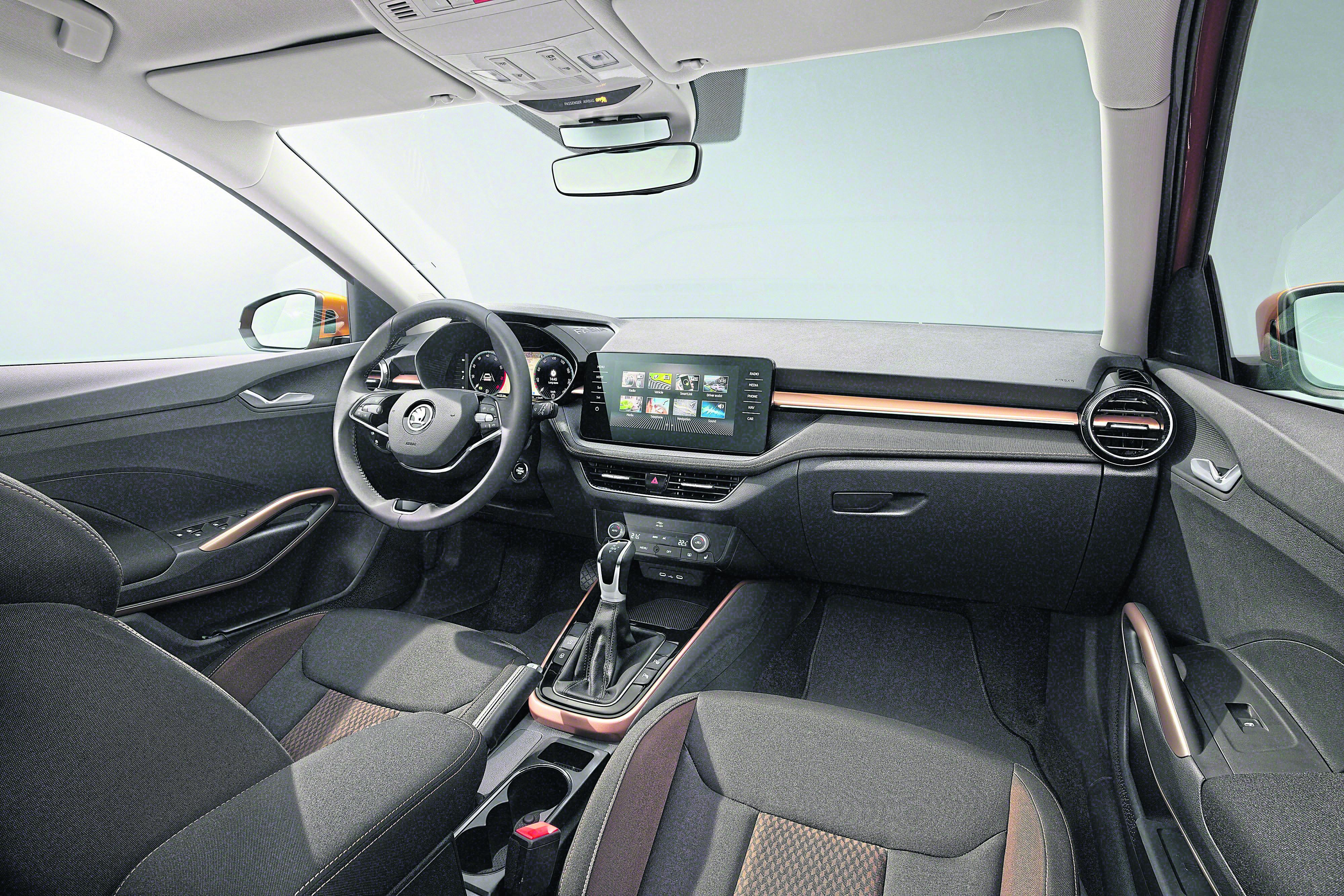 Das Cockpit des neuen Fabia hat Škoda ordentlich modernisiert, kaum etwas erinnert noch an das Vorgängermodell