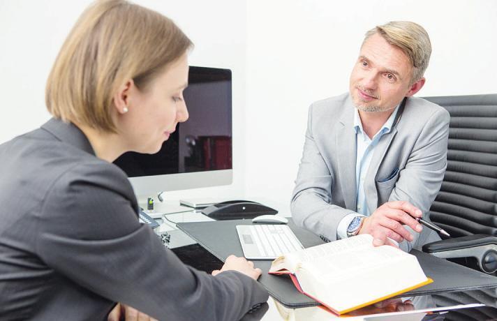 Der Steuerberater hilft, wenn Ehepartner sich trennen und die Steuerklasse wechseln müssen