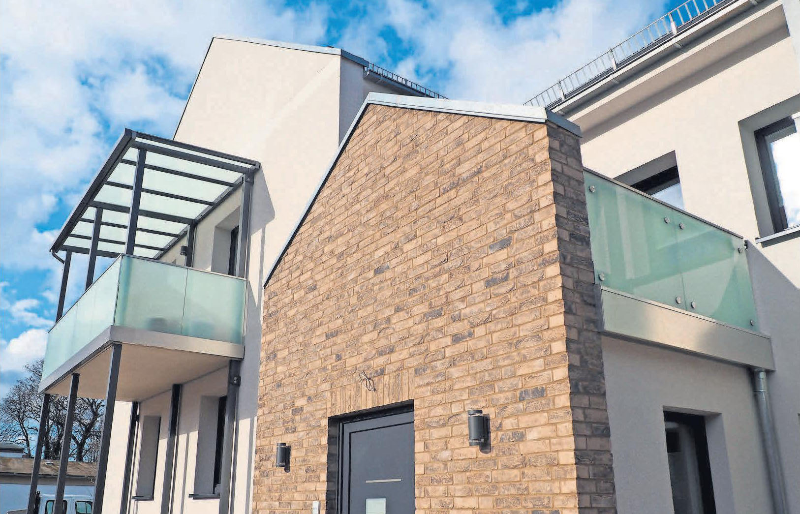 Das sanierte Wohn- und Geschäftshaus in der Paracelsusstraße bietet viel Raum für die wachsende Rotter Immobilien-Verwaltung.