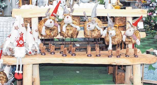 Die Weihnachtsrentiere im ObiWeihnachtsmarkt suchen ein neues Zuhause.