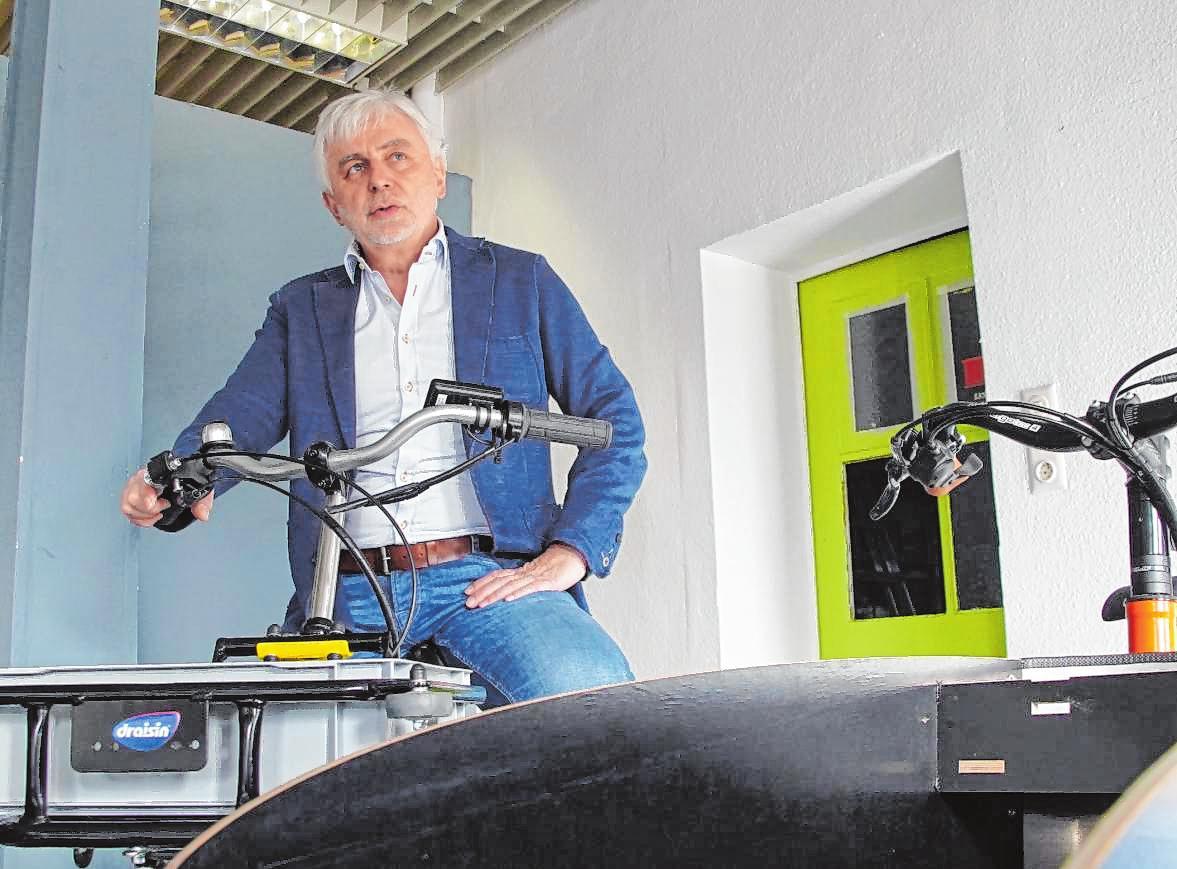 "Wolfgang Bund ist Geschäftsführer der Firma ""Next Level E-Motion"". Bilder: Thomas Neu (l.), Thomas Zelinger"