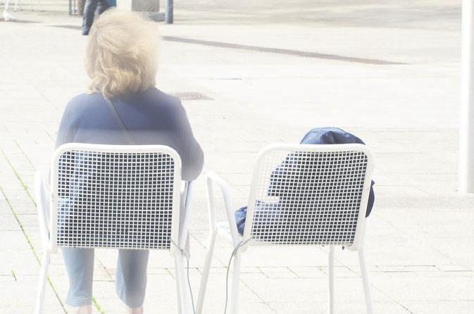 """Damit sind Sie nicht allein: """"Anhaltende Trauerstörung"""" ist ein Thema, zu dem der Bundesverband Trauerbegleitung berät. Symbolfoto"""