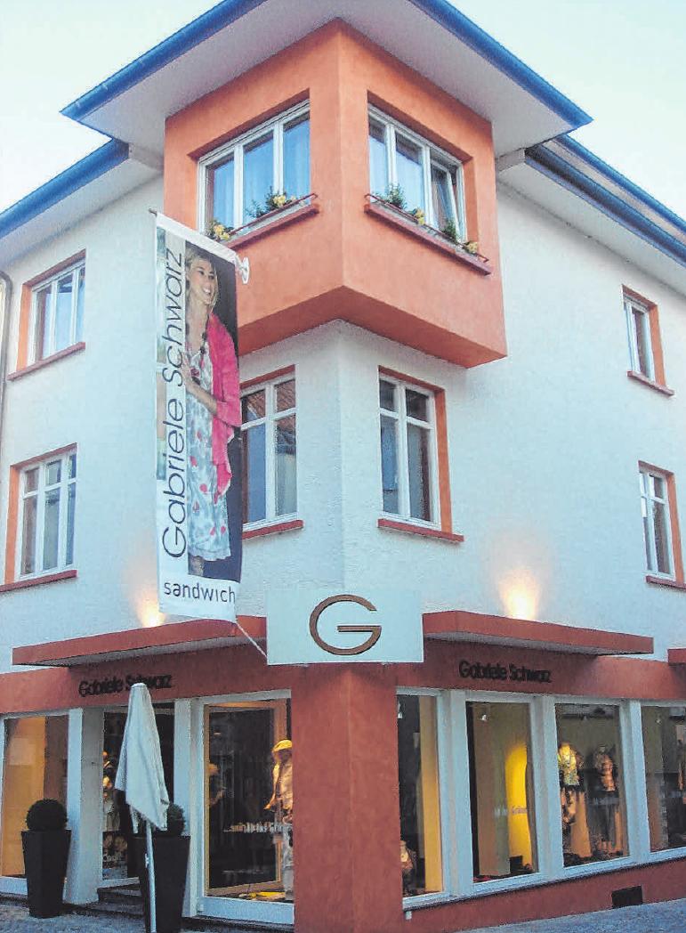 Seit 1990 befindet sich Gabriele Schwarz Mode & Accessoires in diesem schmucken Gebäude in der Wurzacher Straße 10 in Bad Waldsee. FOTO: MODE SCHWARZ