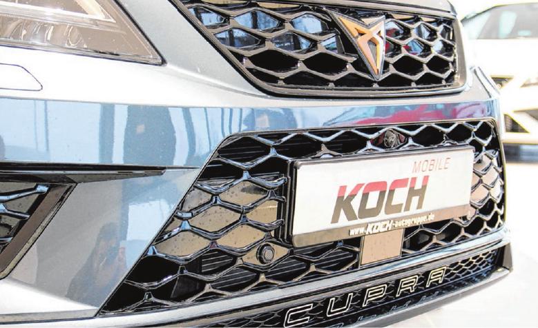 Die neuen Fahrzeuge wie der Ateca, tragen das eigens für Cupra entworfene Logo im Kühlergrill. Foto: Marius Stephan