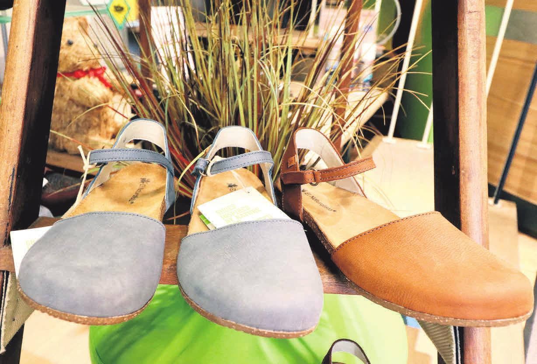 633ec67b3e619a Wenn Komfort und Mode aufeinandertreffen  Im Schuhhaus Menze gibt es  bequeme