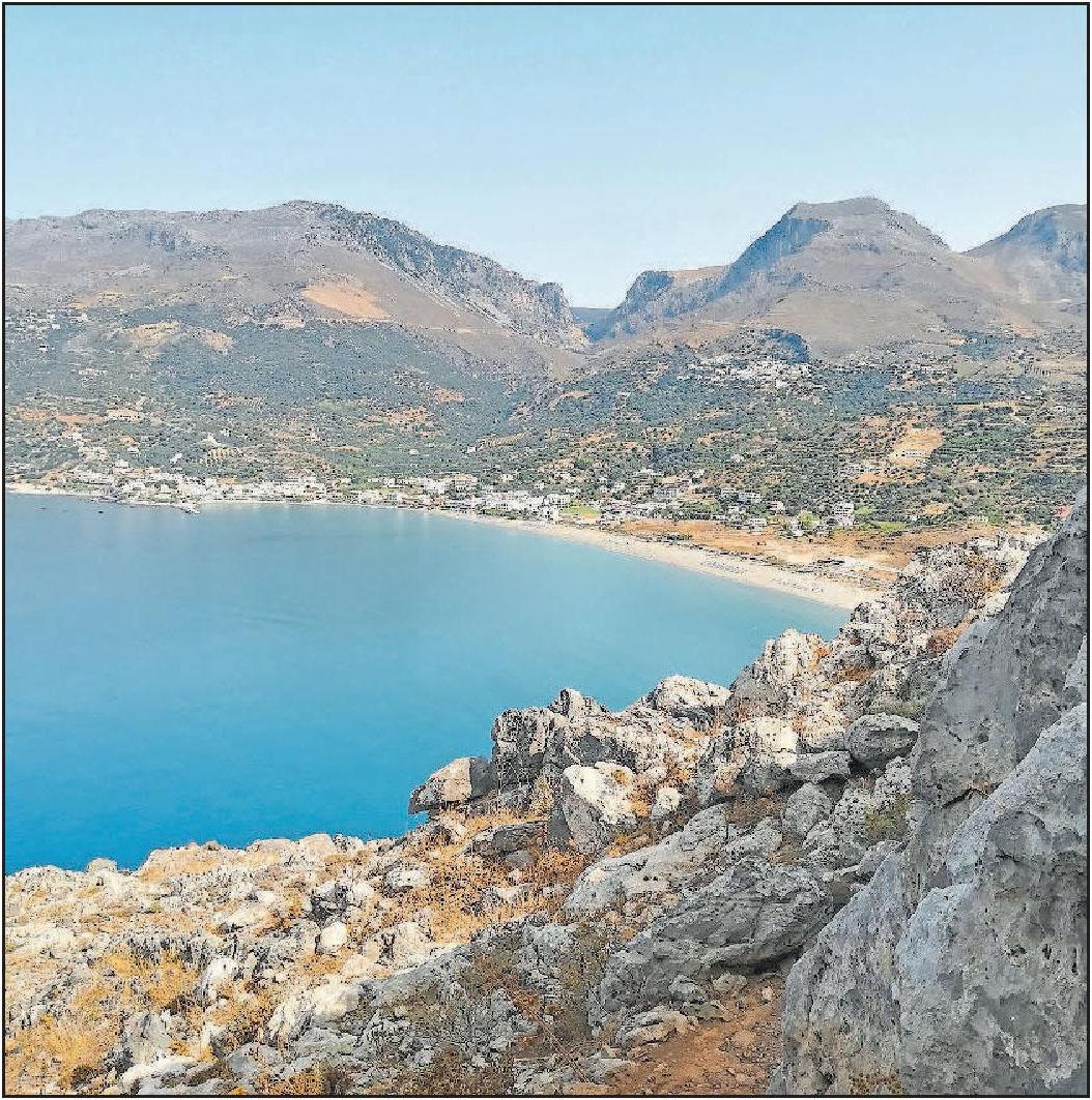 """Die kretische Küche bietet viele Fischgerichte: Doch auch Fleisch, Nudeln und Meze-Platten (Vorspeisen) werden im """"Mikios Tapikos Kreta Meer"""" serviert. FOTO: MÖBUS"""