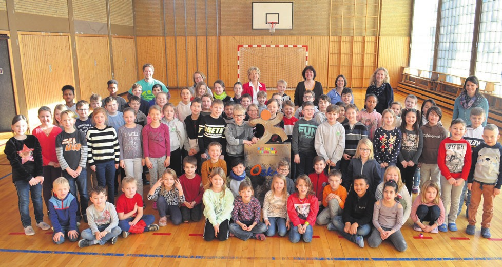 Die Schüler der Grundschule am Drömling in Vorsfelde dürfen sich für ein halbes Jahr lang über den Sport-Oskar der Volksbank Brawo freuen.