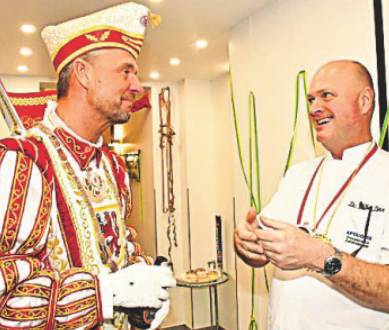 Prinz Axel I. im Gespräch mit Dr. med. dent. Philip Dann