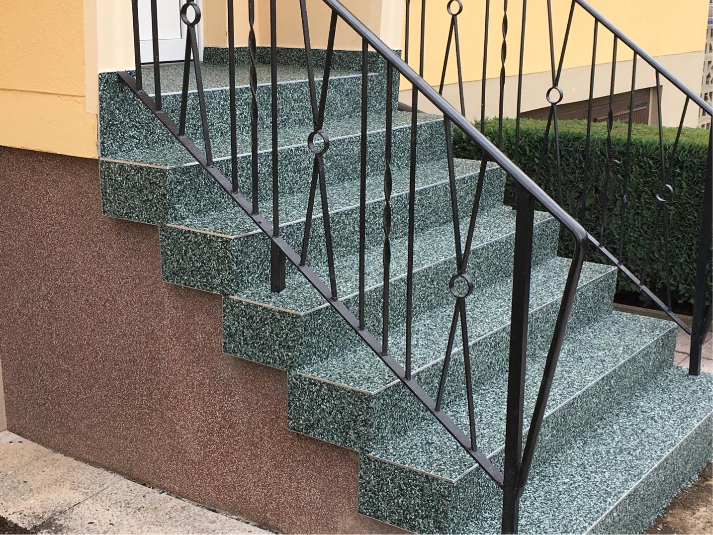 Die Firma Kunze in Meisdorf hat sich auf die Beschichtung von Böden und Treppen mit Flüssigkunststoff spezialisiert. FOTO: PRIVAT