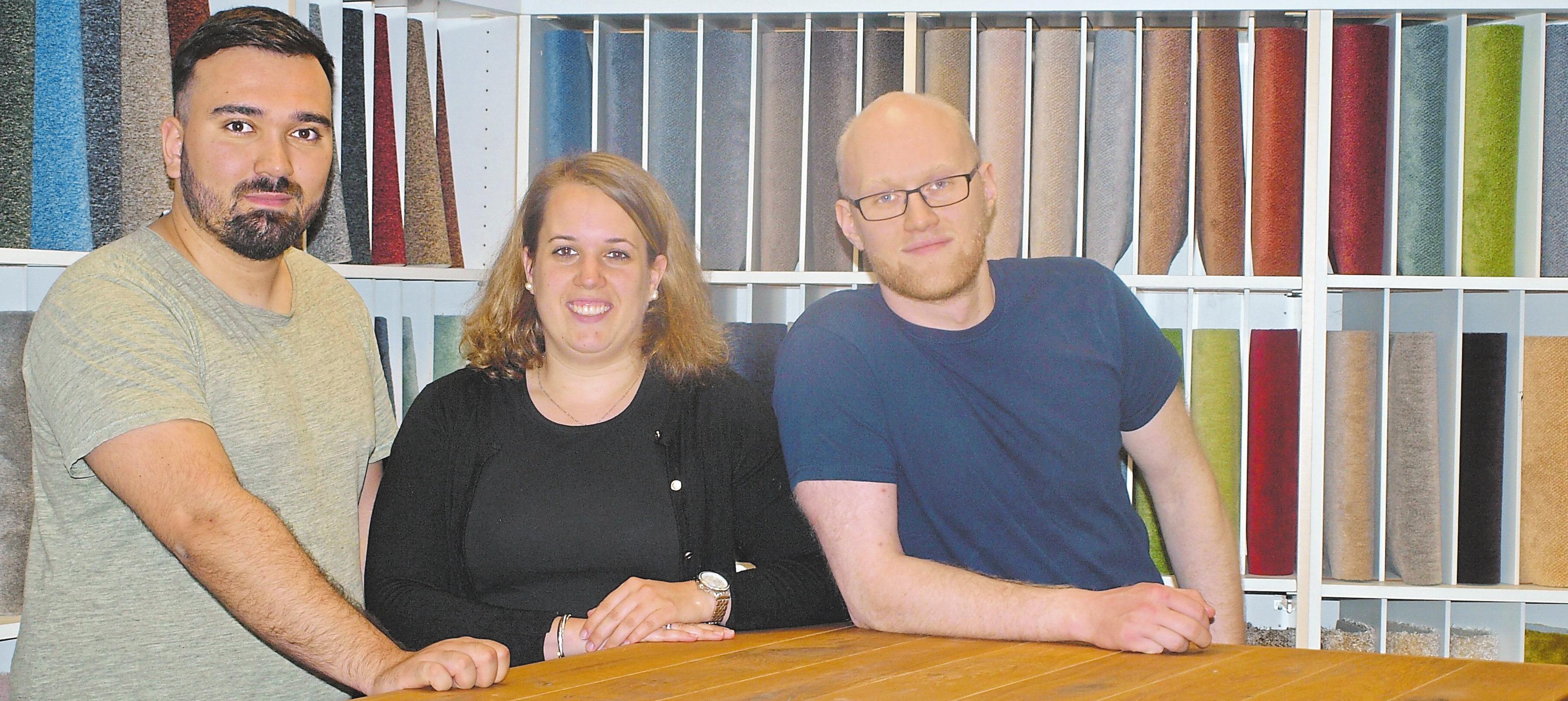 Serkan Kir, Vanessa Beier und Nico Pikrun (v.l.) sind in der Firma Scholdra für den Einkauf, den Verkauf und die Buchhaltung zuständig.