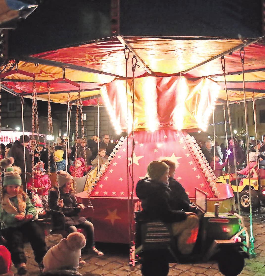 Das Kinderkarussell soll am Lichterfestabend auf dem Marktplatz wieder seine Runden drehen.