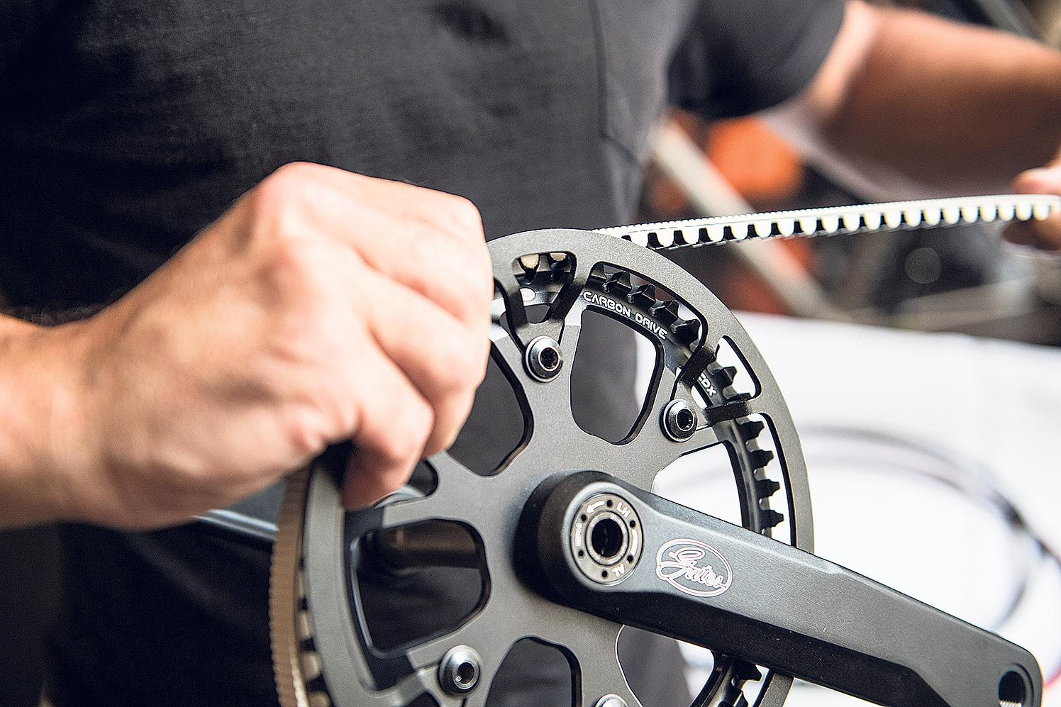Robuster Riemen: Hersteller wie Gates setzen beim Antrieb auf wartungsarme Riemen statt auf eine herkömmliche Kette.