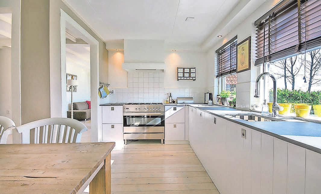 Nicht nur in kleinen Küchen kann der verfügbare Raum mit einigen Tricks noch besser genutzt werden.